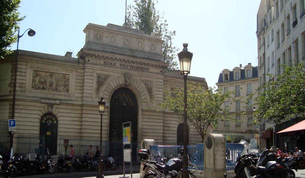 اخذ اقامت فرانسه